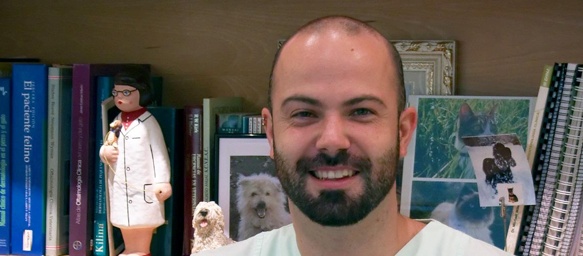 Javier, veterinario de Clínica Veterinaria Villava